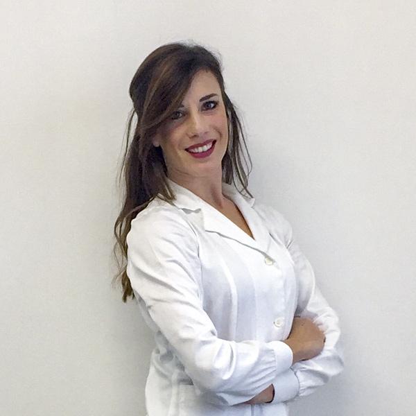 Dentista Deruta: Dott.ssa Azzurra Dogana | Cosmo Dental